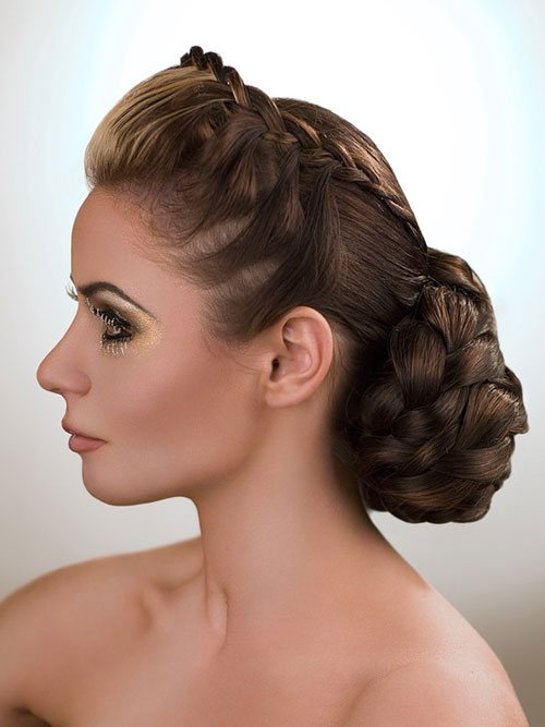 French Hairstyles the go to hairstyle all french women love French Hairstyle